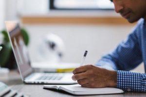 Cara Mudah Menemukan Penulis Biografi Kreatif
